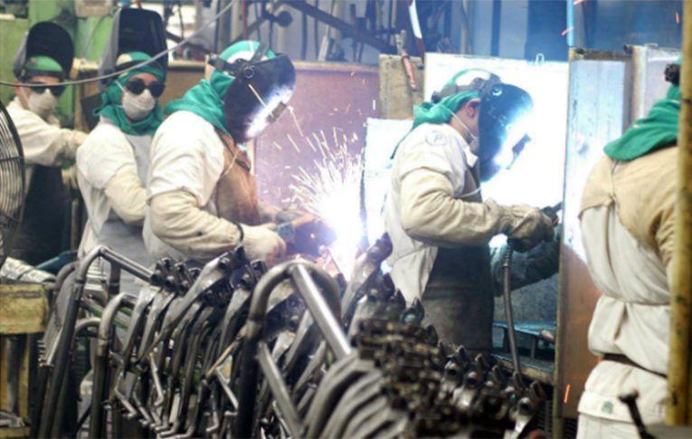 'Situação da indústria brasileira nunca foi tão grave', diz economista