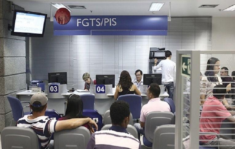 Temer deve impor sanções a estatais para por cortes nos planos de saúde