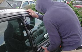 TJ-SP condena supermercado a indenizar cliente por furto em estacionamento