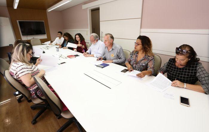Trabalhadores assinam acordos específicos com o Bradesco