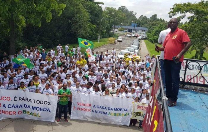 Trabalhadores da Casa da Moeda param produção por direitos e contra privatização