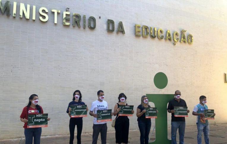 Trabalhadores e estudantes se mobilizam pela vida, educação pública e 'Fora Bolsonaro'