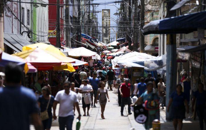 Trabalhadores informais serão os mais prejudicados com reforma de Bolsonaro