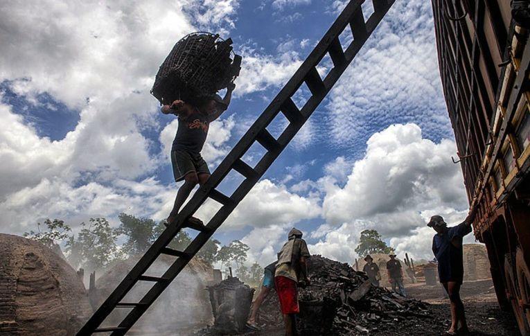 Trabalho escravo avança em áreas urbanas: 'Essa humanidade tem rincões muito desumanos'