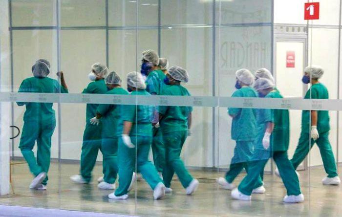 Trabalho indecente leva país a recorde de morte de profissionais de enfermagem