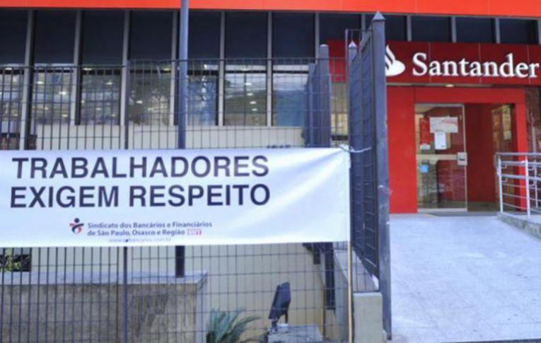 Tribunal condena Santander por 'cobrança abusiva' de metas imposta a funcionária