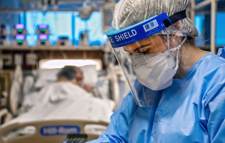 Vacina desenvolvida por Oxford tem resultados animadores e gera imunidade