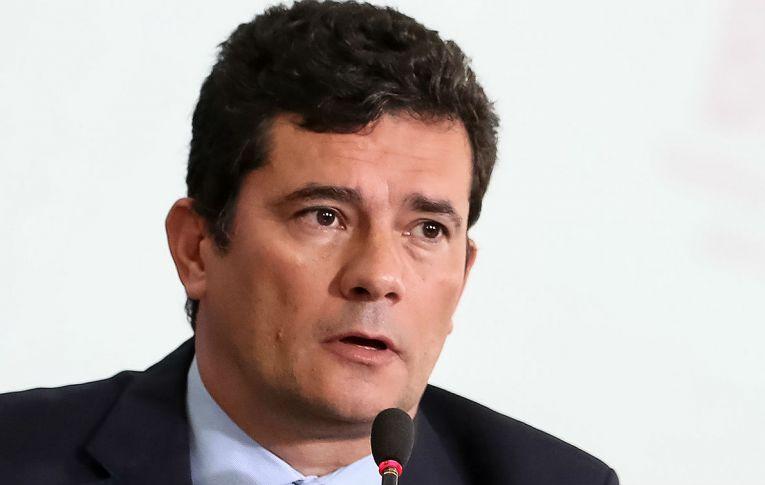 Vaza Jato: para implicar Lula, Moro não tornou públicos outros casos em que houve escuta telefônica